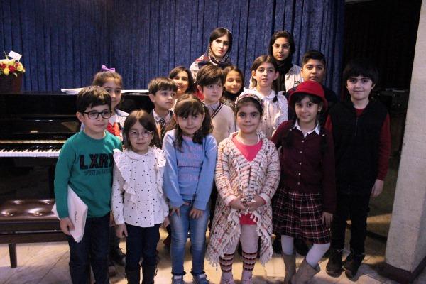 مدرس-سارا-شریف-فر